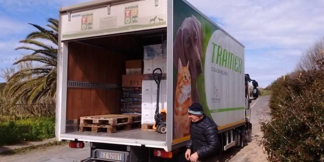 Su Pallosu: 450 Kg di Crocche donate da Trainer Novafoods