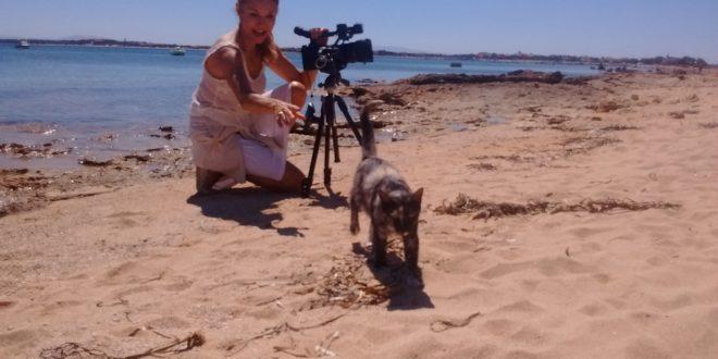 Tv Svizzera Francese oggi a Su Pallosu con la conduttrice  Lolita Morena